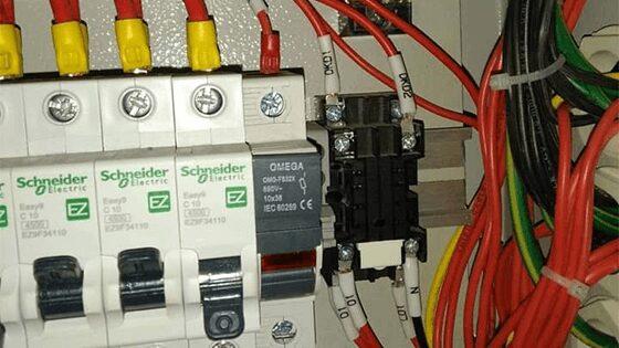 Đấu nối tủ điện